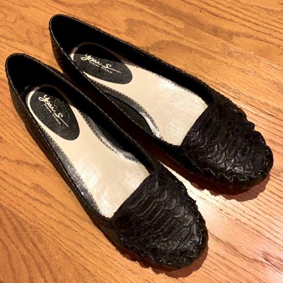 Yosi Samra Crocodile Textured Leather Flats
